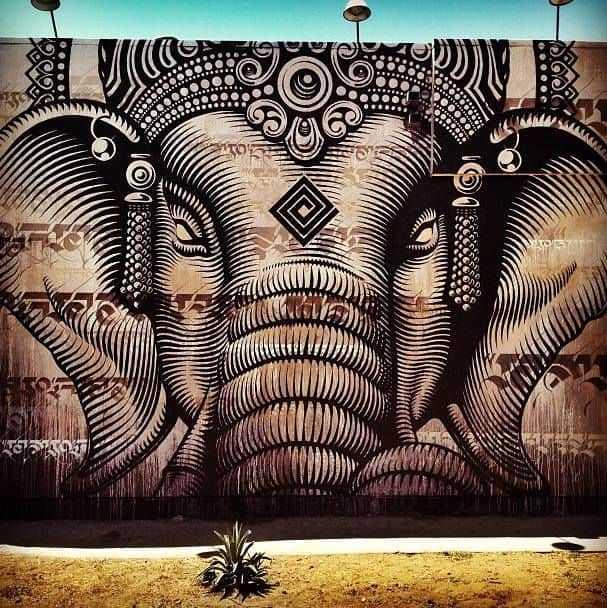 Pandemi boş sokaklar sanatçılar